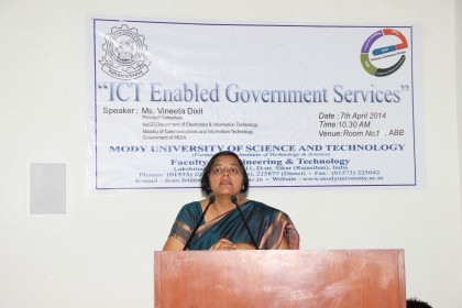 IMG 8376 420x280 Discussion by Ms. Vineeta Dixit over the scenario of Information and communications technologies (ICTs) in Indian Government